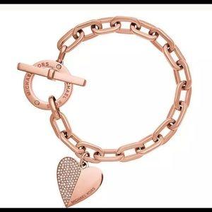 Jewelry - Michael Kors heart toggle bracelet